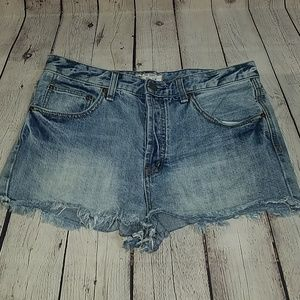 FREE PEOPLE sz W 30 jean shorts